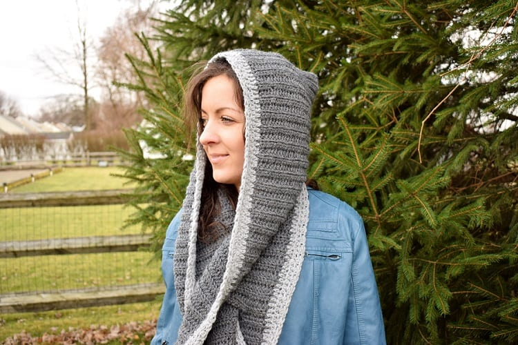 crochet hooded keyhole scarf